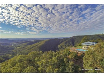 80 Magnetic Drive, Tamborine Mountain, Qld 4272