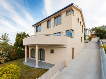 2/806 Sandy Bay Road, Sandy Bay, Tas 7005