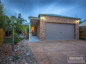 11 Claire Close, Pakenham, Vic 3810