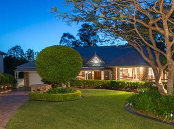 10 Cascade Close, Riverhills, Qld 4074