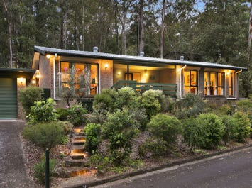8a Rothwell Road, Turramurra, NSW 2074
