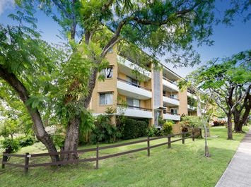 7/26 Laurence Street, St Lucia, Qld 4067