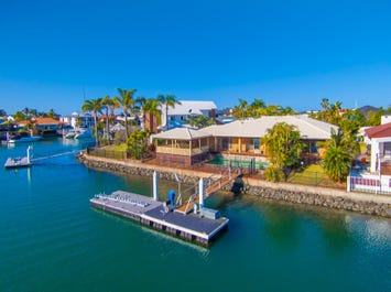 11 Captains Court, Raby Bay, Qld 4163