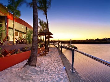 56 NORTH POINT, Banksia Beach, Qld 4507