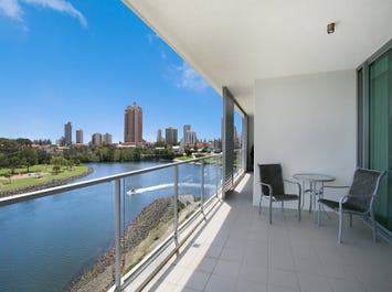 1309 'Freshwater Point' 33 T E Peters, Broadbeach Waters, Qld 4218