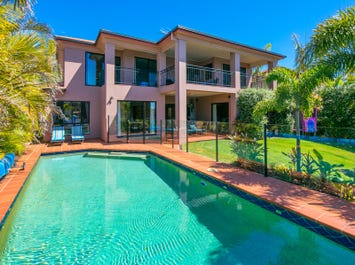 26 Mainroyal Court, Raby Bay, Qld 4163