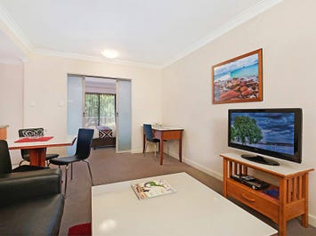 206/112 Mounts Bay Road, Perth, WA 6000