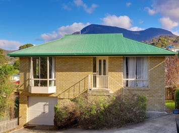 3/8 Alwyn Road, Lenah Valley, Tas 7008