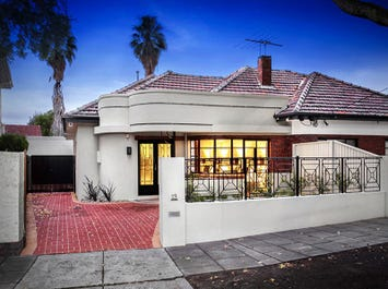13 Los Angeles Court, St Kilda East, Vic 3183