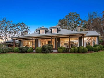 136 Coachwood Road, Matcham, NSW 2250