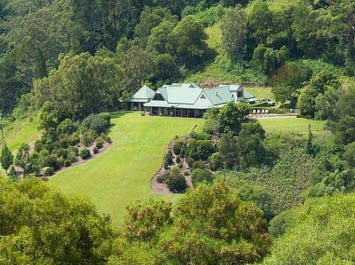 Wattamolla, address available on request