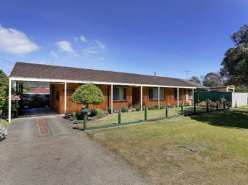 290 Eastbourne Road, Rosebud, Vic 3939