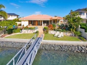 7 Genoa Court, Raby Bay, Qld 4163