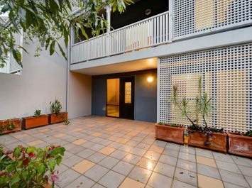 4/37 Thornbury Street, Spring Hill, Qld 4000