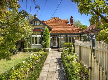 70 Downshire Road, Elsternwick, Vic 3185