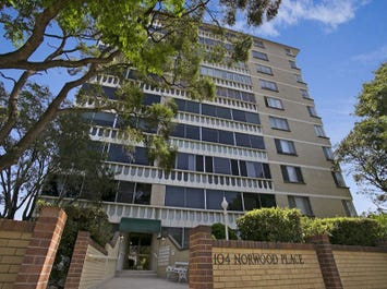 18/104 Station Road, Indooroopilly, Qld 4068