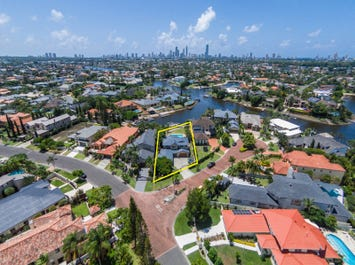 2 Chantilly Close, Benowa Waters, Qld 4217