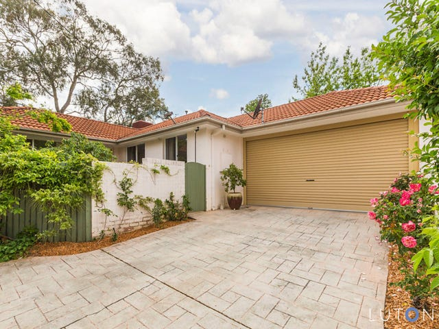 126b Carnegie Crescent, Griffith, ACT 2603