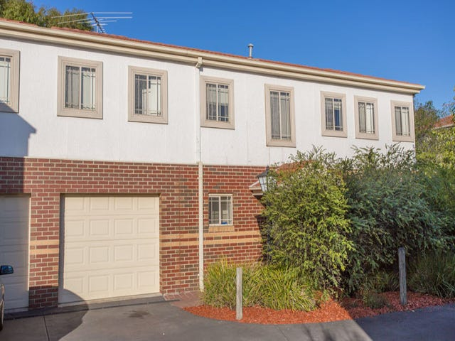 21/12-32 Pecks Road, Sydenham, Vic 3037