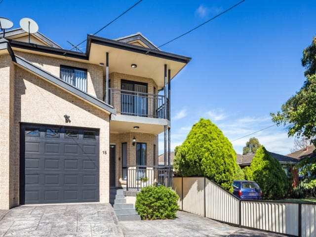 15 Merrett Crescent, Greenacre, NSW 2190