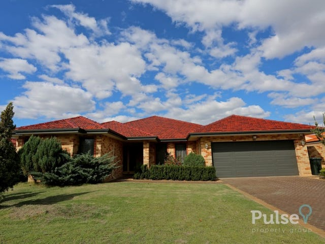 22 Connaught Gardens, Canning Vale, WA 6155