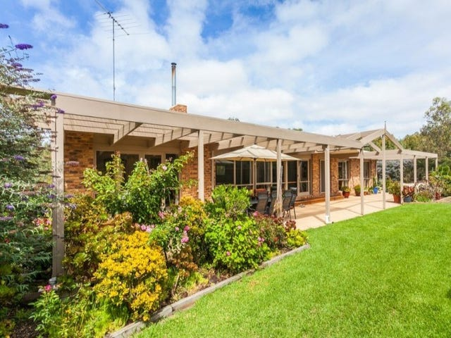 2/115 Coombes Road, Torquay, Vic 3228