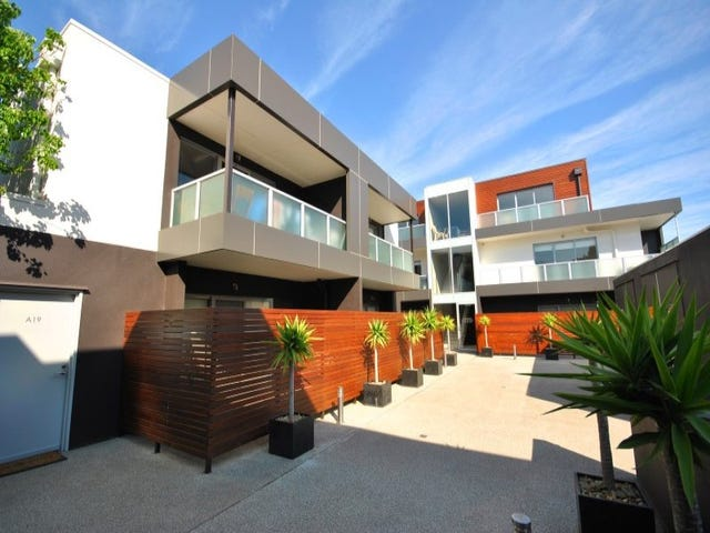 17/4a Lansdowne Rd, St Kilda East, Vic 3183