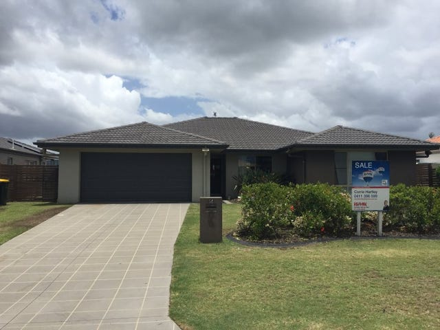 14 Fishburn Way, Eli Waters, Qld 4655