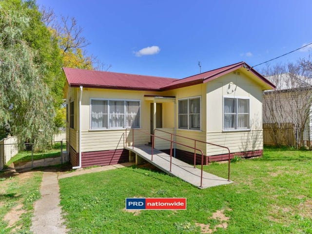 9 Peel Street, Tamworth, NSW 2340