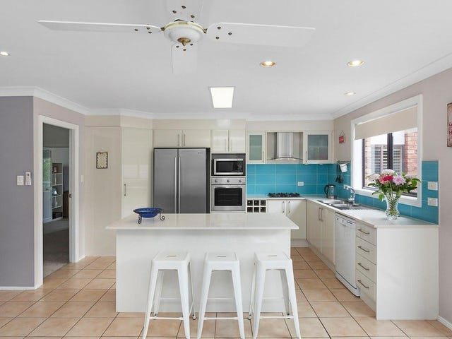 25 Waratah Street, Bateau Bay, NSW 2261