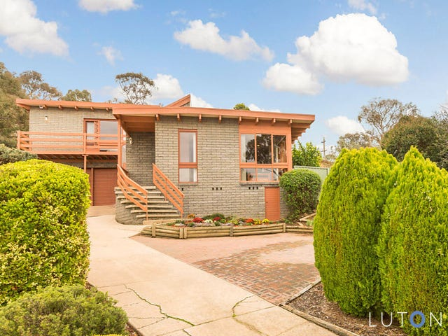 64 Magrath Crescent, Spence, ACT 2615