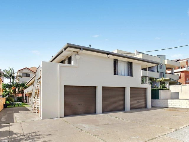 11 Rosewood Avenue, Broadbeach, Qld 4218