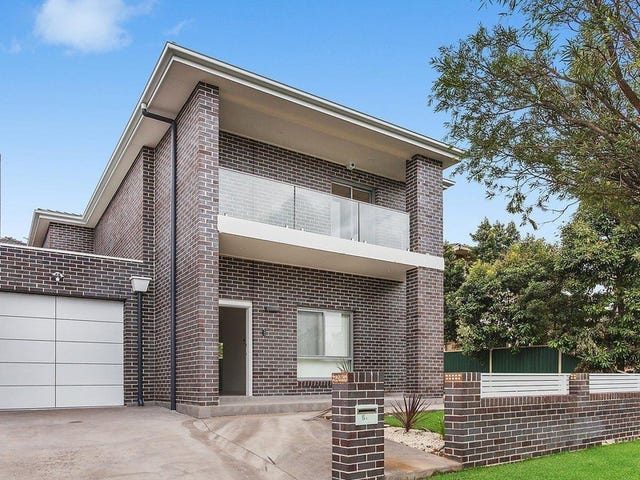 5A Lauma Avenue, Greenacre, NSW 2190