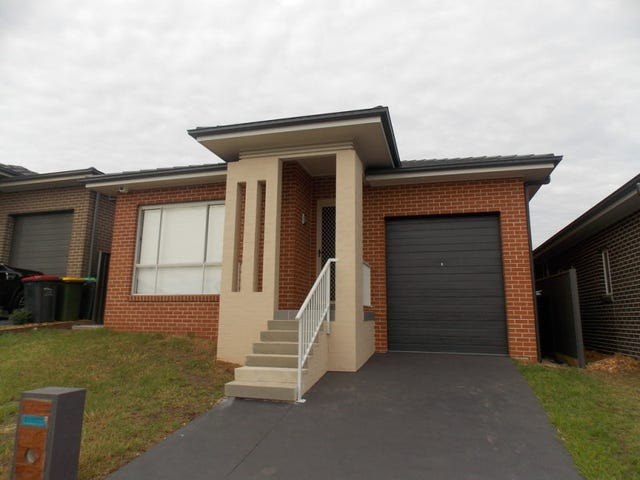 20 Neptune Street, Jordan Springs, NSW 2747