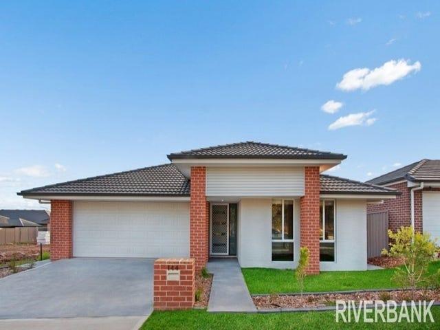 144  Greenwood Parkway, Jordan Springs, NSW 2747