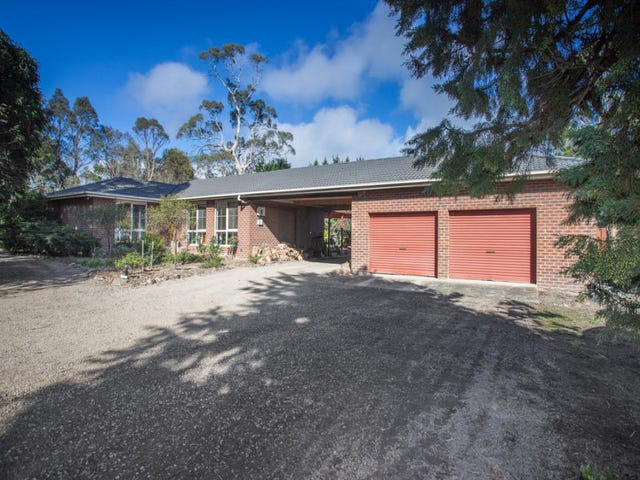 61 Heather Road, Gisborne, Vic 3437