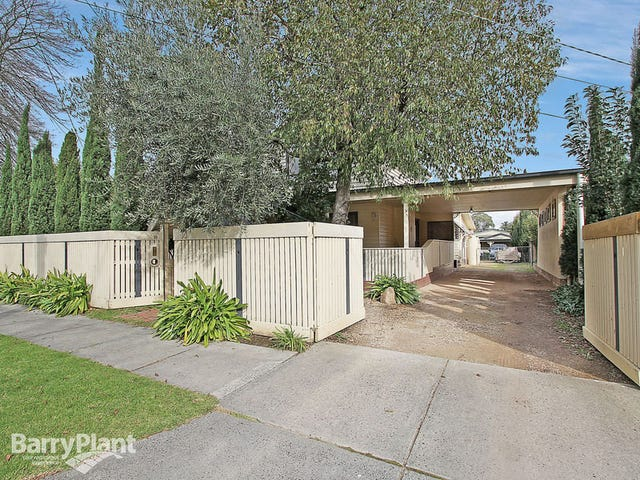 18 Glenfern Road, Ferntree Gully, Vic 3156