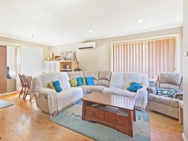 11 Wirigi Street, Berkeley Vale, NSW 2261