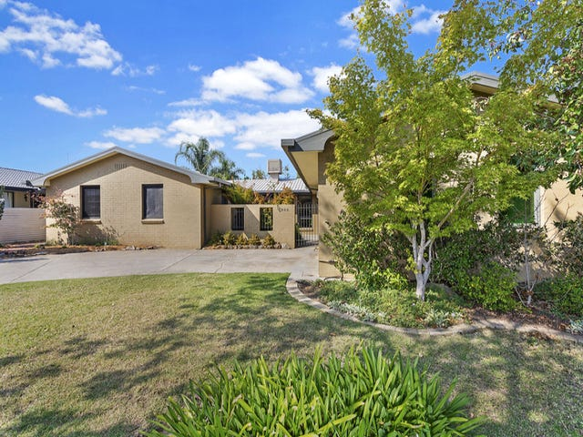 806 St James Crescent, Albury, NSW 2640