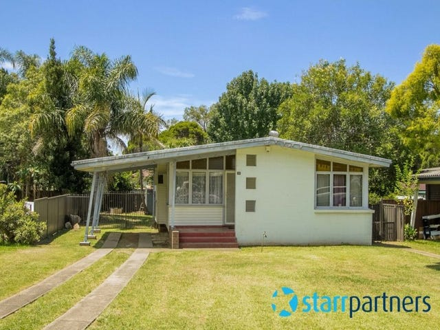 31 Lucena Crescent, Lethbridge Park, NSW 2770