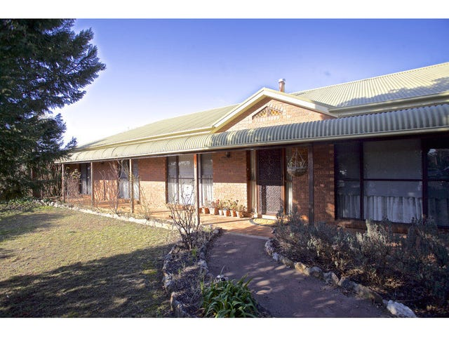 10 Bean Place, Llanarth, NSW 2795