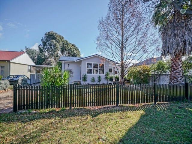 17 Kearneys Drive, Orange, NSW 2800