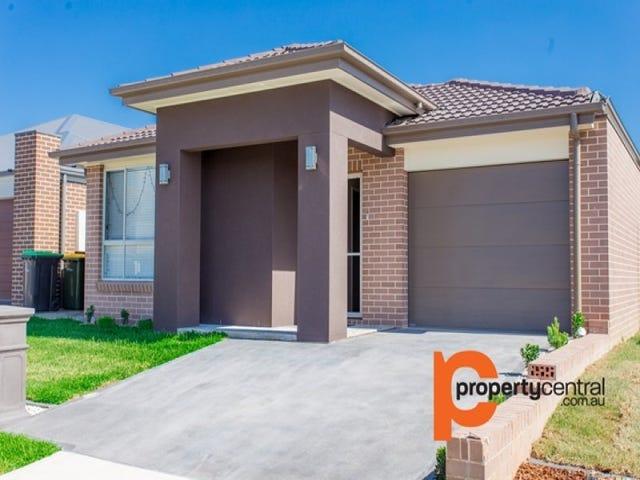 13 Voyager Court, Jordan Springs, NSW 2747