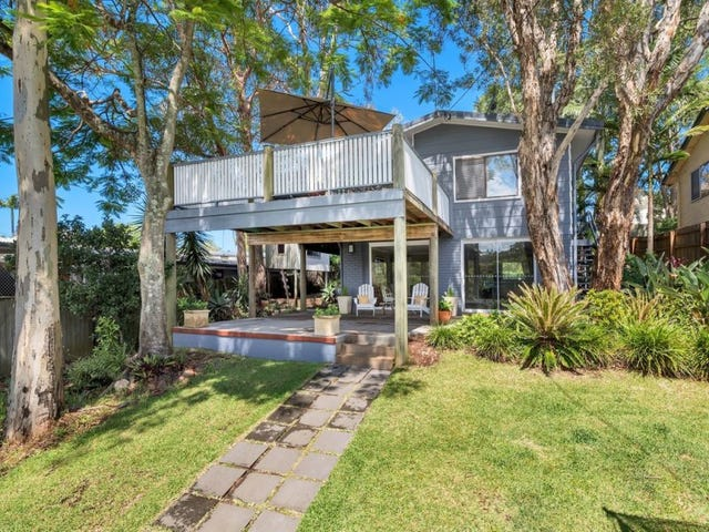 10 Warana Avenue, Southport, Qld 4215