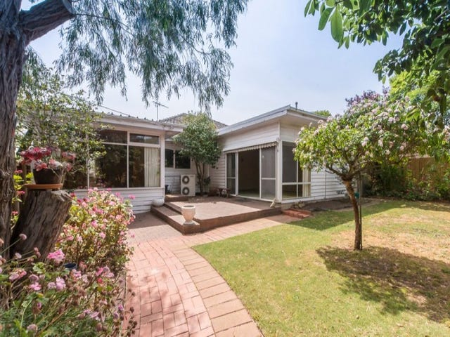 11 South Street, Belmont, Vic 3216