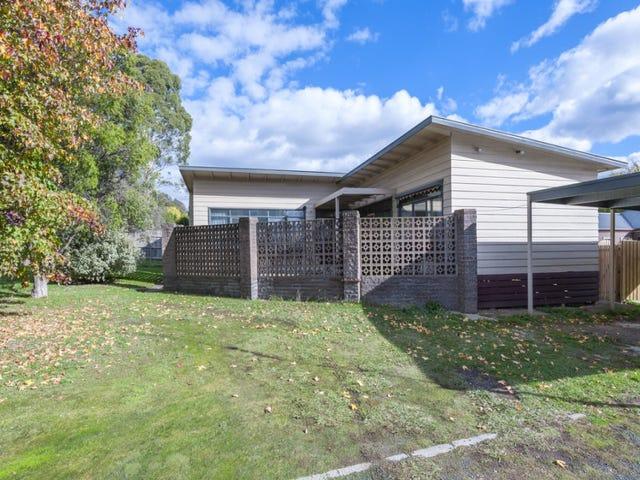 14 Melbourne Road, Gisborne, Vic 3437