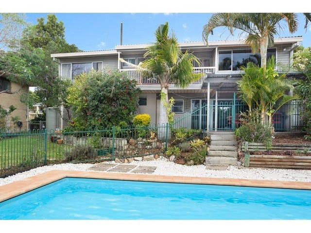 17 Holdway Street, Kenmore, Qld 4069