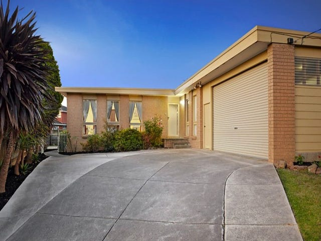 15 Rostella Court, Wheelers Hill, Vic 3150