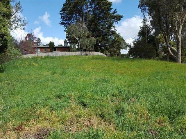 27 Meadowgate Drive, Chirnside Park, Vic 3116