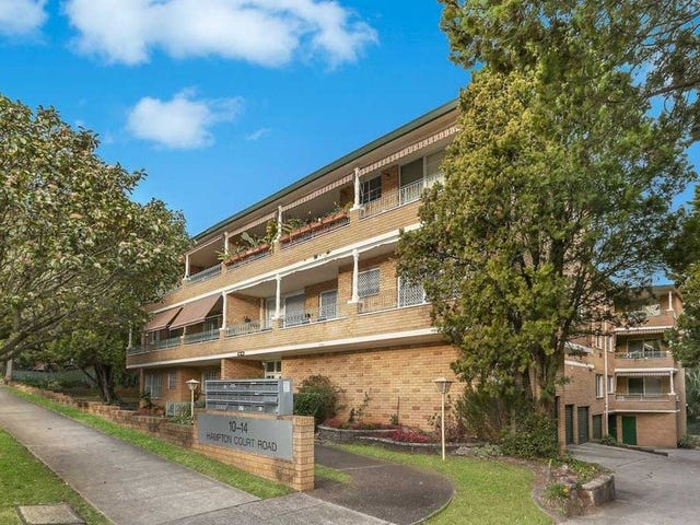 12/10 Hampton Court Road, Carlton, NSW 2218